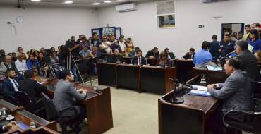 Câmara mantém parecer do Tribunal que reprovou contas do ex-prefeito Marcos da Rocha Mendes